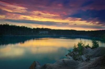 В сумерках заката - Украина. Житомирская область. Коростышев.